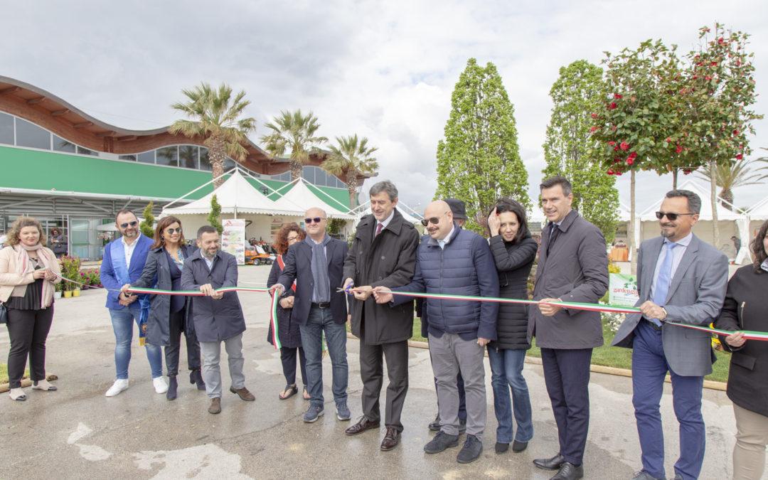 """Il presidente Marsilio ha inagurato la Mostra del Fiore Florviva: """"Un esempio di Abruzzo che crede nel futuro"""""""